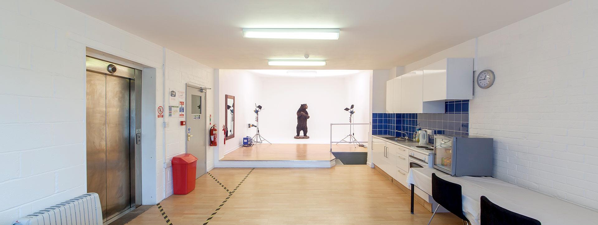 studio-4-1