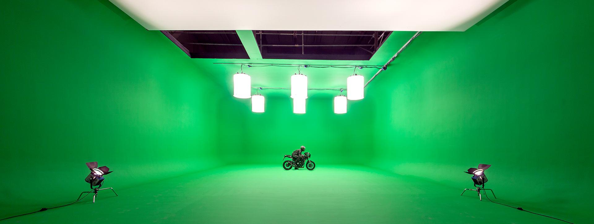 studio2-2B-17.10.16